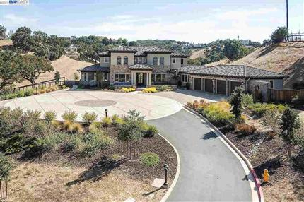 Photo of 47 Silver Oaks Ct, PLEASANTON, CA 94566