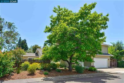 Photo of 949 SNYDER LN, WALNUT CREEK, CA 94598