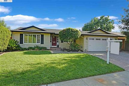 Photo of 7414 Hillview Ct, PLEASANTON, CA 94588