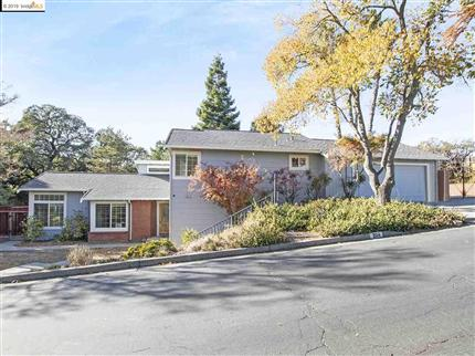 Photo of 204 Ironwood Ct, PLEASANT HILL, CA 94523